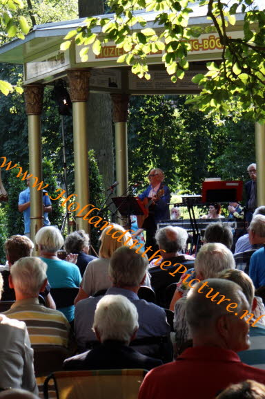 Deventer Worp, concert in het park HA 54 hitp